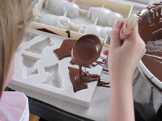 Atelier chocolat : cristallisation / Photo non libre de droits Copyright CrapaudChameau2016