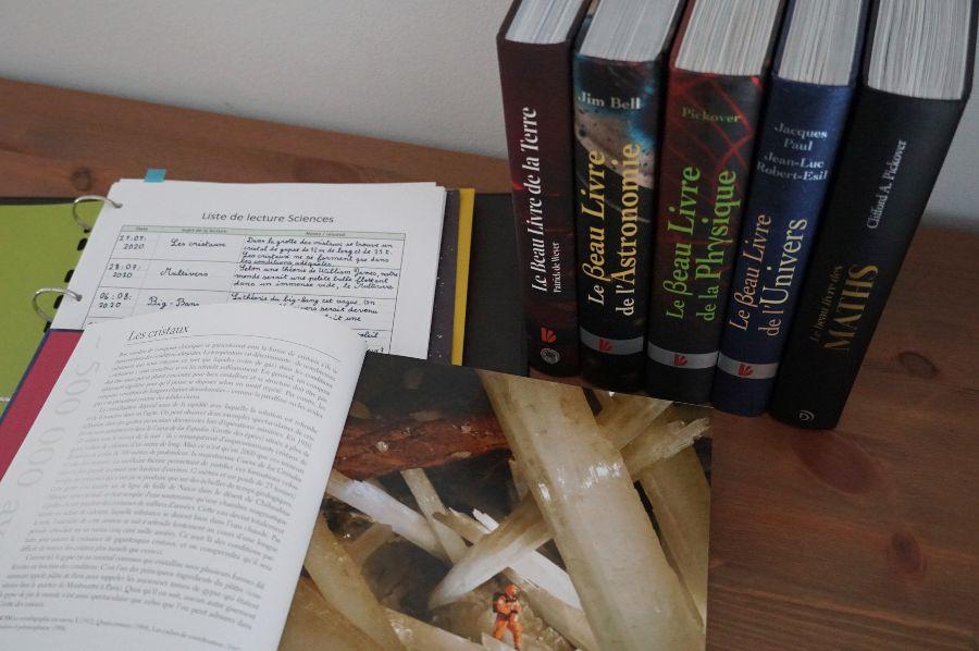 Collection Le beau livre école à la maison copyright crapaud-chameau.com